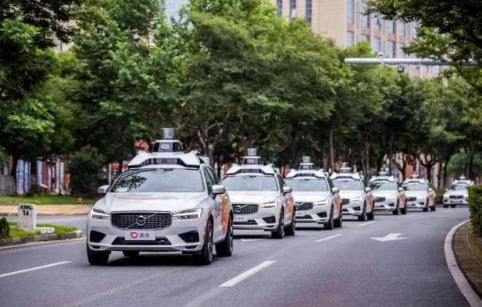 沃尔沃汽车联合滴滴开展的自动驾驶出租车在上海试运行,你敢坐吗?